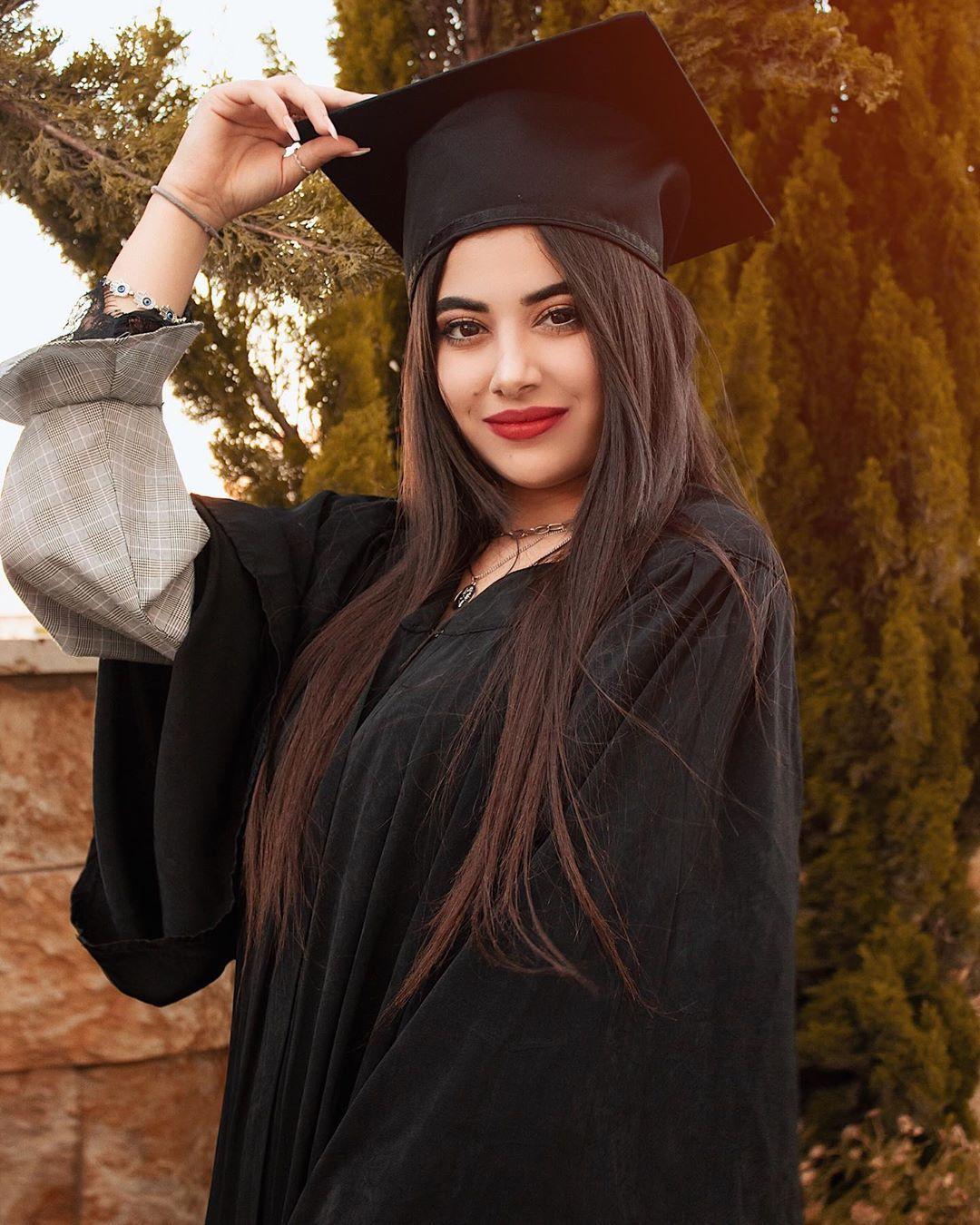 Graduationday Photographer Picoftheday College Fashion Zgenration Graduation202 Graduation Pictures Fashion Photography Graduation Day