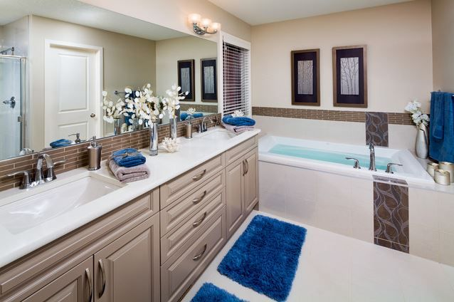 Brining Small Electric Blue Accessories Such As Rugs And Towels Into Your Bathroom Will Create A Modern Feel In Matter Of Minutes