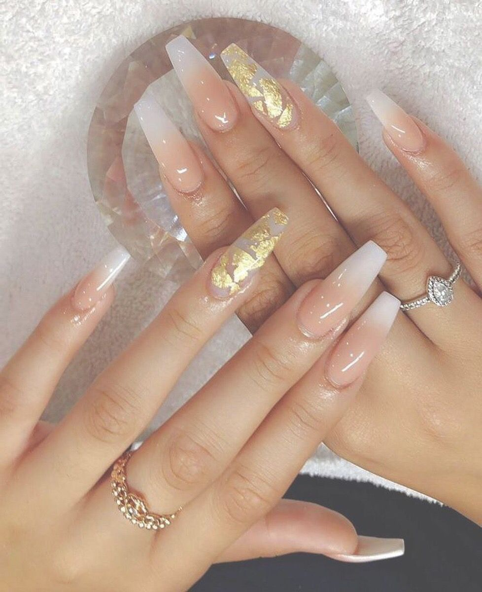 This Nail Art With Gold Flakes Is Gorgeous Acrylicnailscoffin Gold Nails Gorgeous Nails Long Nails