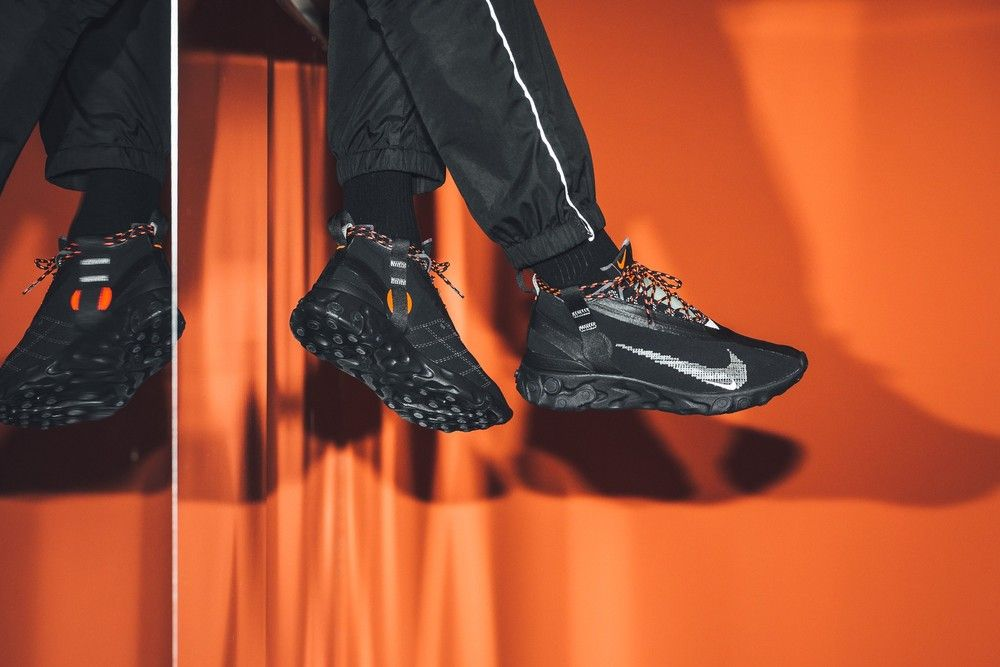 Clínica azufre Abandonar  Nike React Mid WR Ispa Black/White Anthracite Total Crimson AT3143-001 |  Nike, Black, All black sneakers