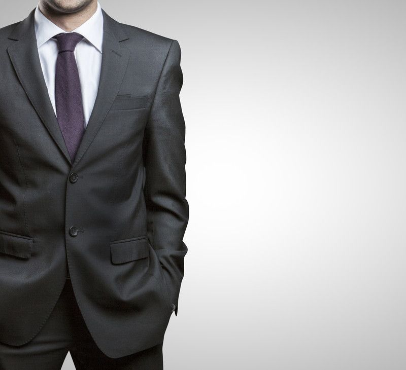 TAILORED SUIT VS READY-MADE SUIT
