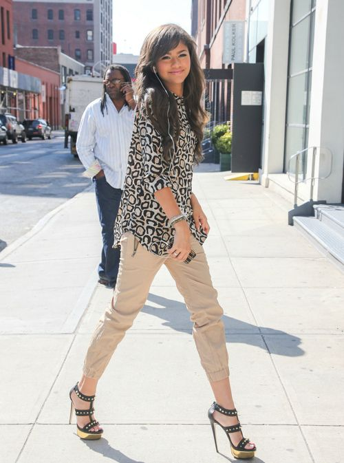 Zendaya Coleman Style Tumblr Images Galleries With A Bite