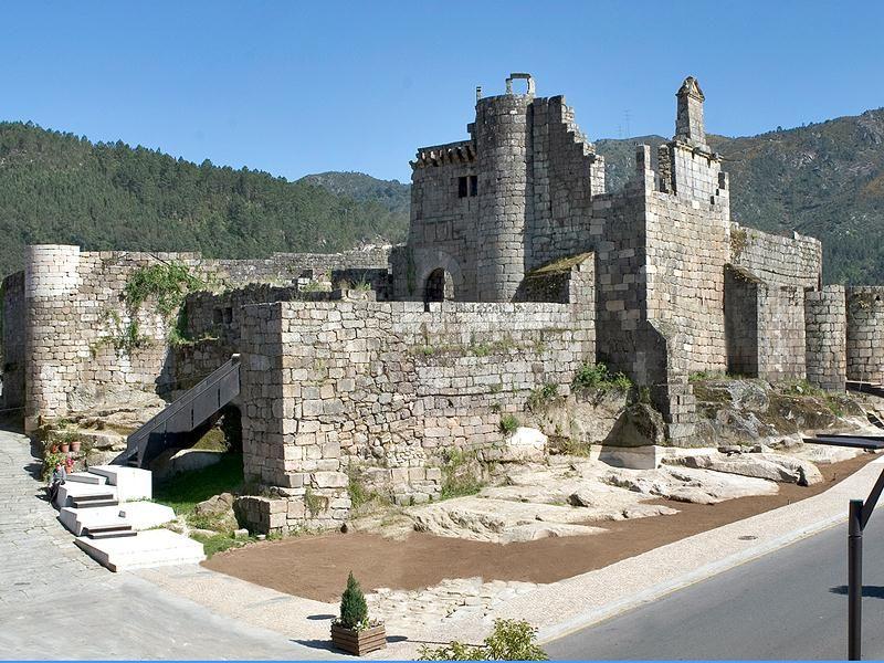 Turismo En Ribadavia Disfruta De Galicia Castillos Fotos De Castillos Paisajes De España