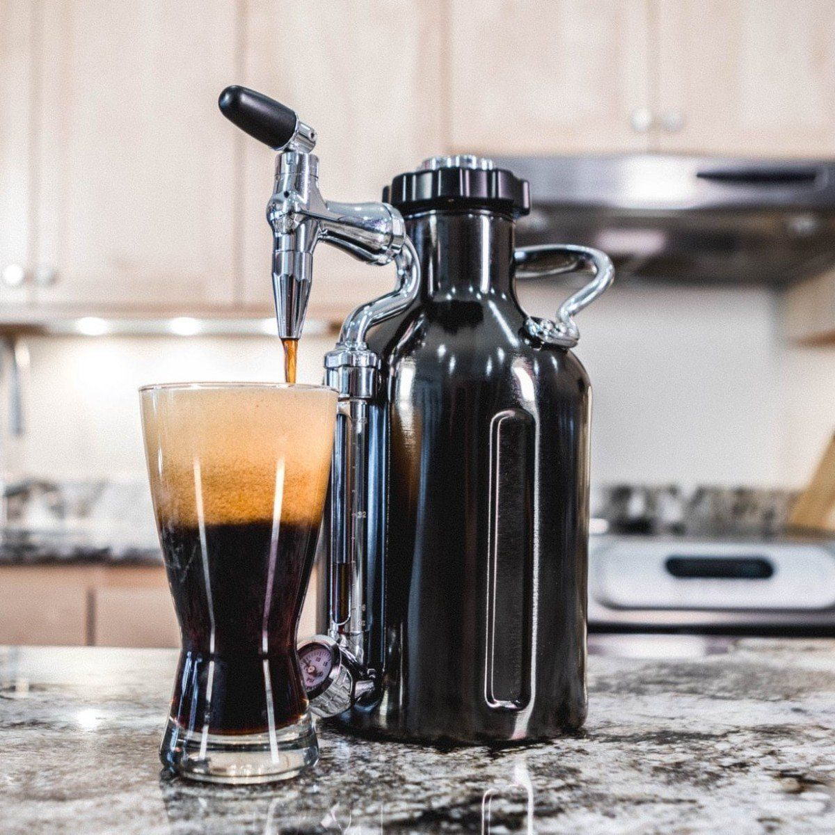 Growlerwerks Ukeg Nitro Cold Brew Coffee Machine Provides Frothy