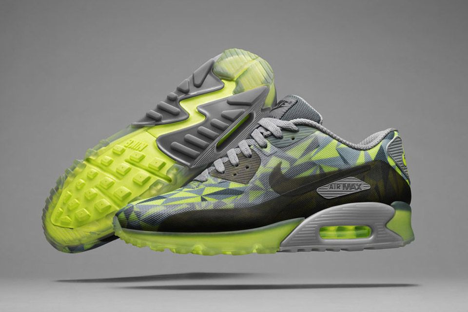 UNDEFEATED x Nike Air Max 90: First Official Look & Release