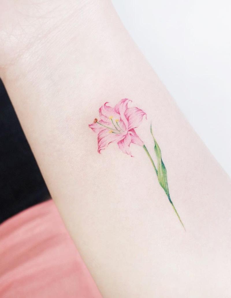117 Of The Very Best Flower Tattoos Tattoo Insider Lilly Flower Tattoo Tiger Lily Tattoos Flower Tattoos