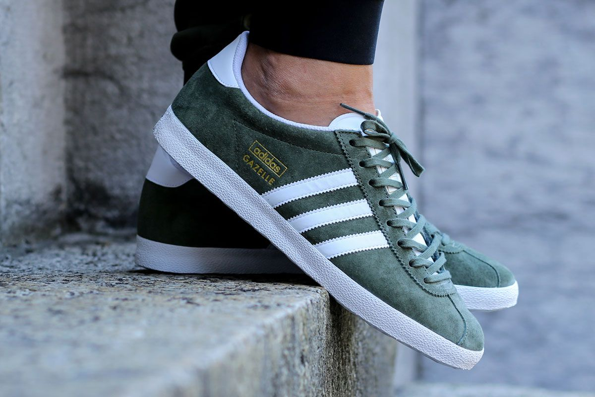 finest selection 9ef2b 3dc23 Get your Gazelle orrrrnnn ✌ adidas Gazelle OG Base Green