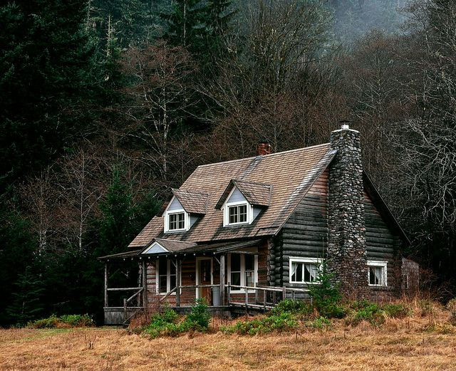 Storm King Ranger Station In Olympic National Park Cabin