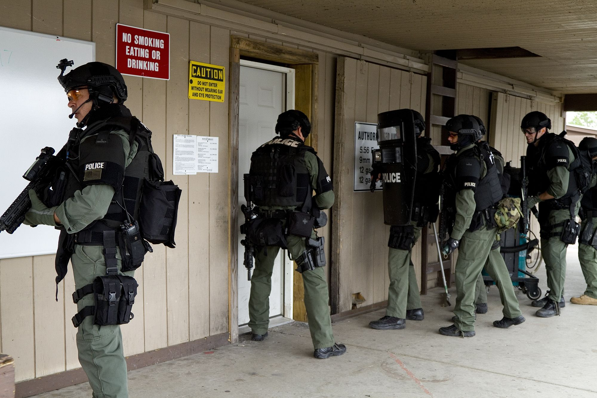 Building entry training   VBPD Special Weapons and Tactics