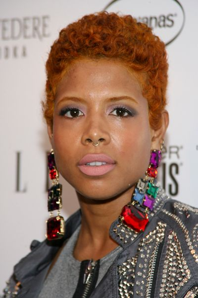 Fierce short hair styles for sistas chic hairstyles kelis hair kelis wore a short curly hairstyle winobraniefo
