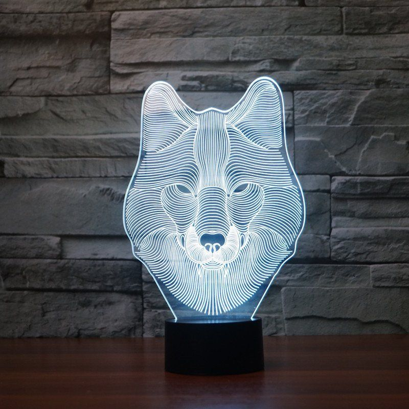 LED 3D Wolf Table Lamp - Changes into 7 colors Wolf design