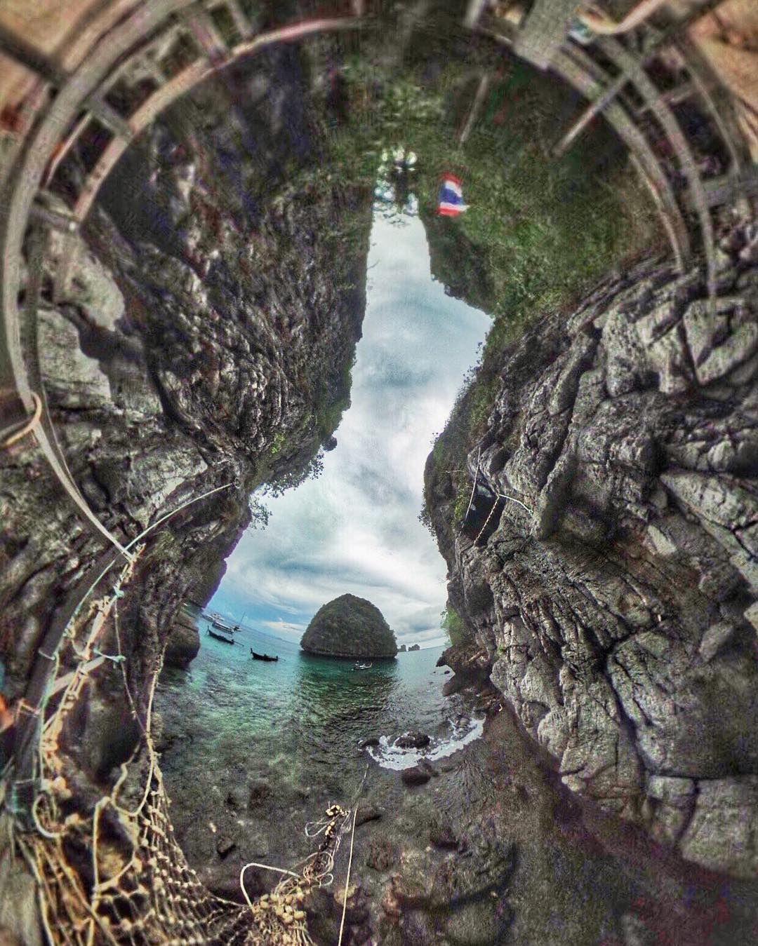 Losa #Maya #Bay #Island #PhiPhi #phukettrip  captured in #360Vodeo & #Photo #VR #VirtualReality  @printly.me by ibander - Shop VR at VirtualRealityDen.com