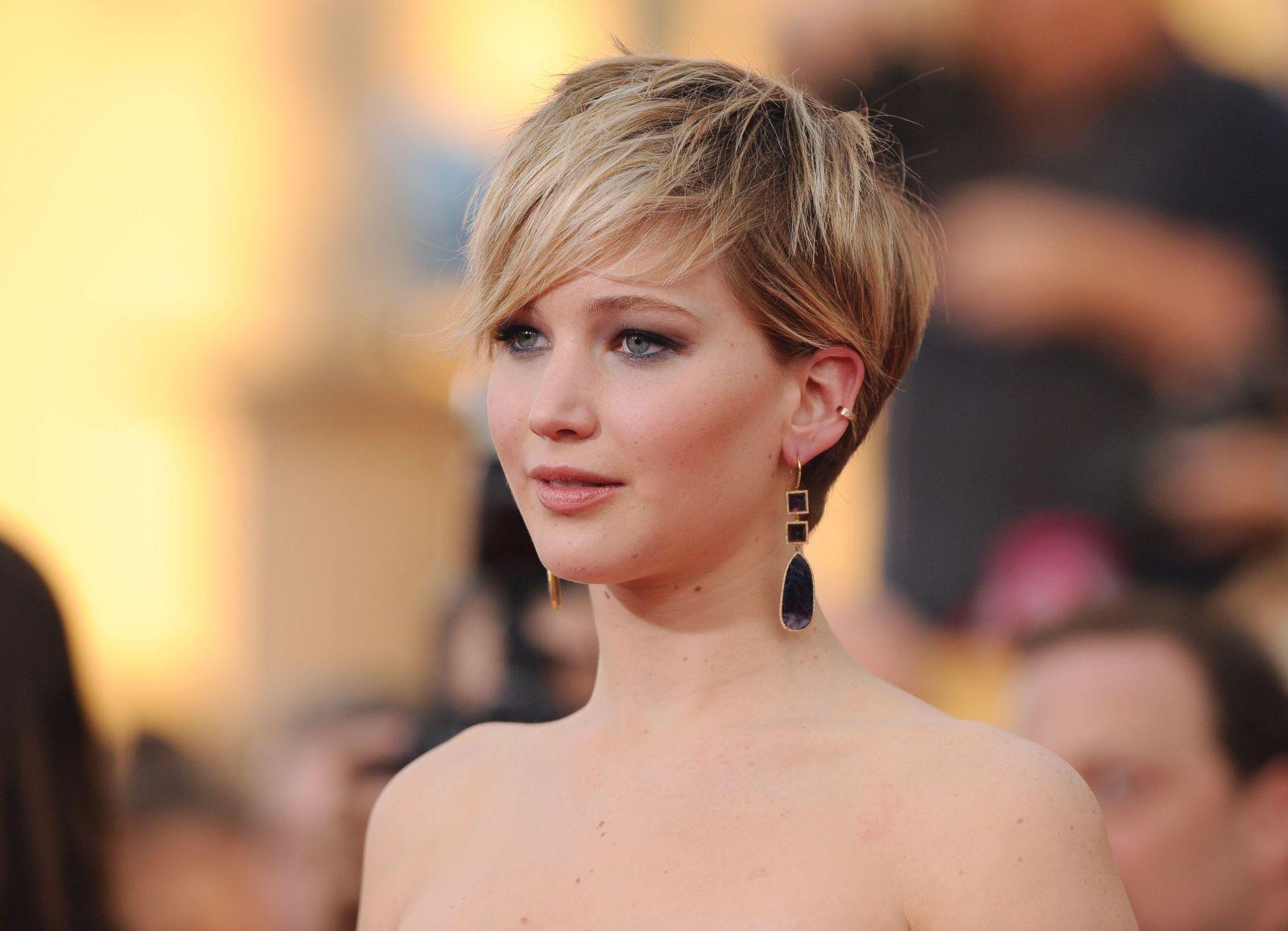 images about Beauty on Pinterest  Pixie Cuts Celebrity Pixie