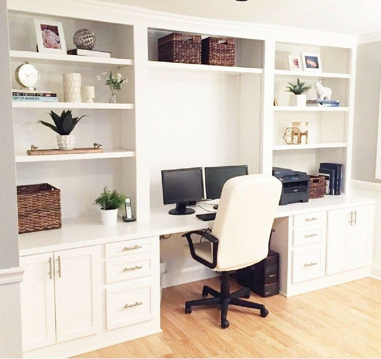 Best 24 Home Office Built In Cabinet Design Ideas to Maximize Small ...
