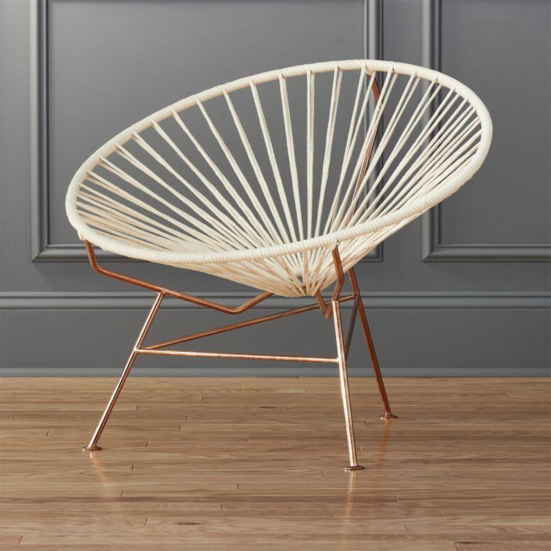 Circle Seat. Crisp White Cotton Cord Wraps A Mid Century Inspired Seat In  Daring