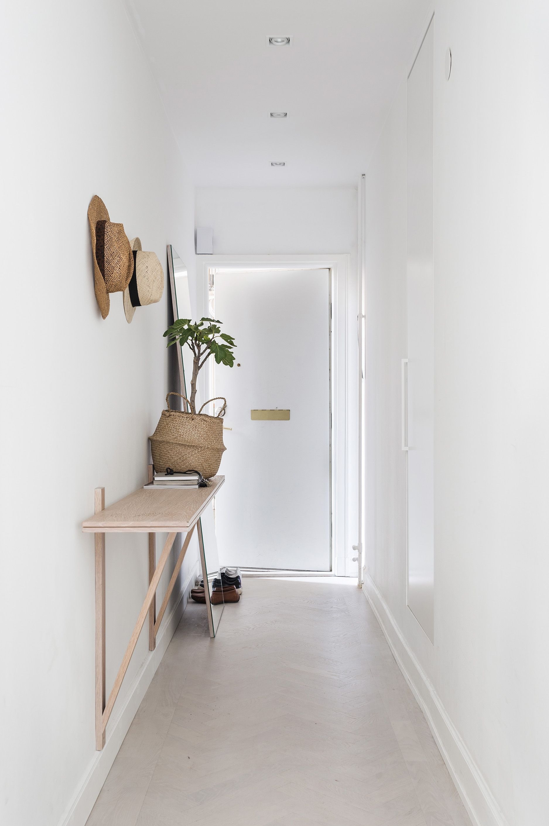 Narrow hallways color ideas - Wall Mounted Shelf Fit For A Narrow Hallway Hege In France