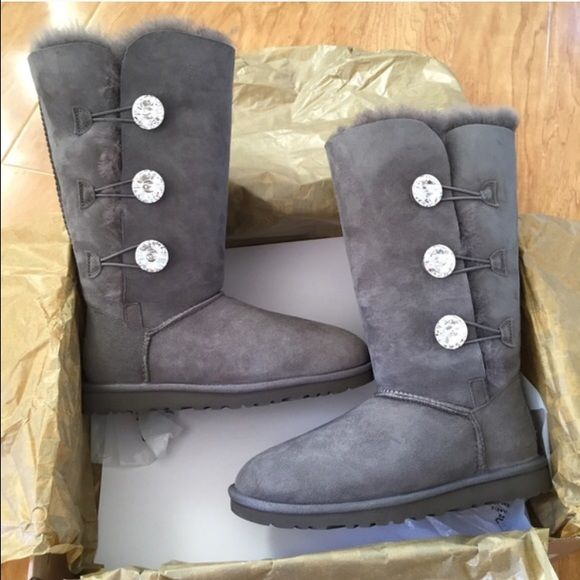 ... ugg bailey button bling triplet boots sz 9 new ugg bailey button bling triplet boots sz