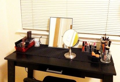 Ordinaire DIY: Makeup Or Vanity Table Under $100