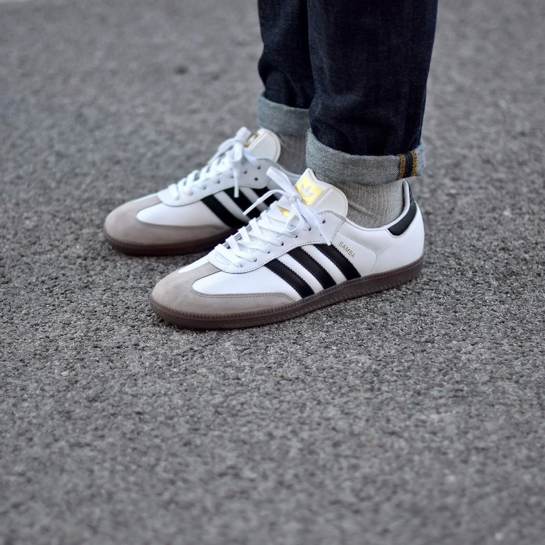 adidas Samba OG . Disponible/Available: SNKRS.COM