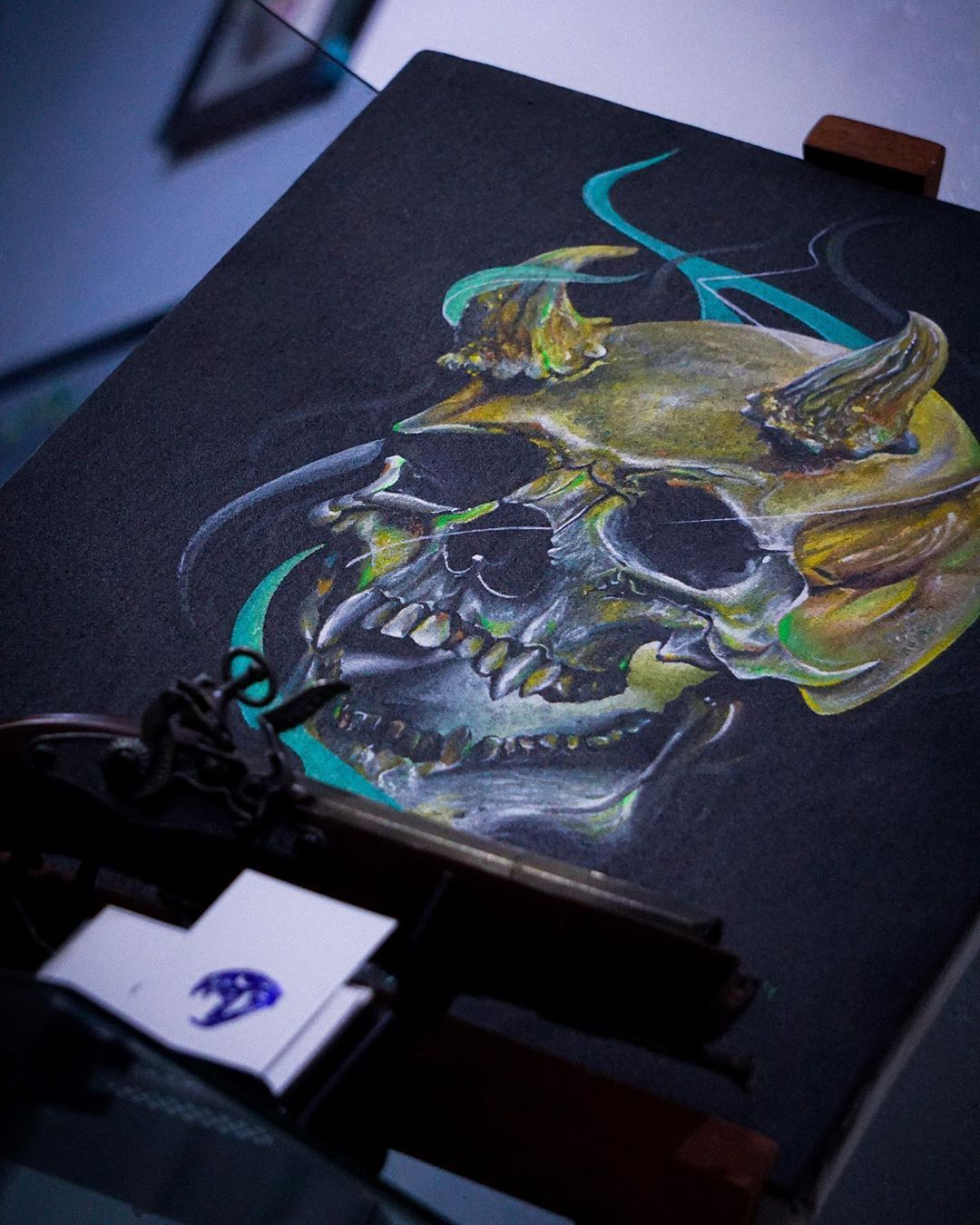 #lifestyle en @elementstattoos • • • #art #artstudio #painting #acrilicpainting #skull #tattoostyle #tattoostudio #ınstagood #instamoment #ink #instaphoto #life4life #artlife #artist #arte #tattooart #tarapoto #tarapotocity #perutattoo