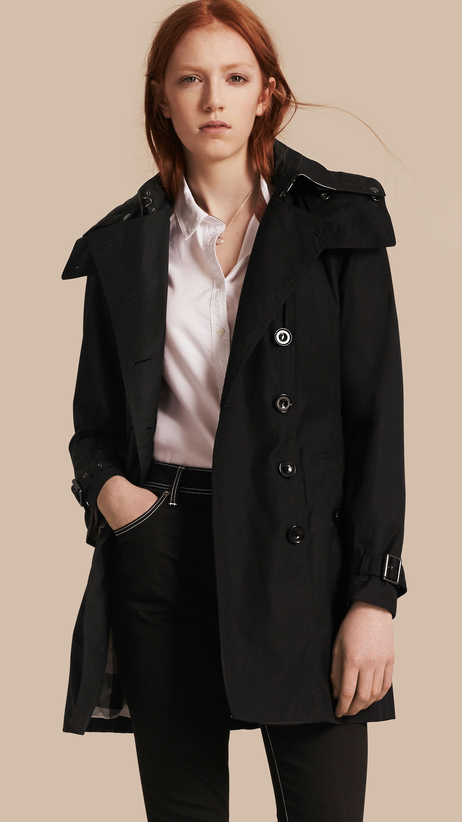 Trench coat con cappuccio e imbottitura Nero  f4707e623e45
