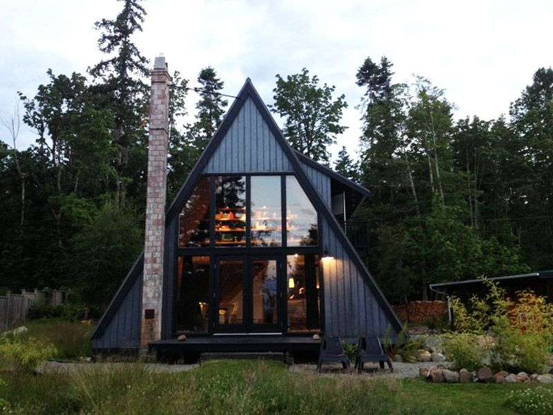 30 Amazing Tiny A Frame Houses That You Ll Actually Want To Live In Mountain Home Exterior A Frame House Plans Cottage House Exterior