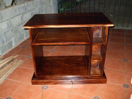 Fotos de venta de todo tipo de muebles en madera y por for Muebles baratos remate