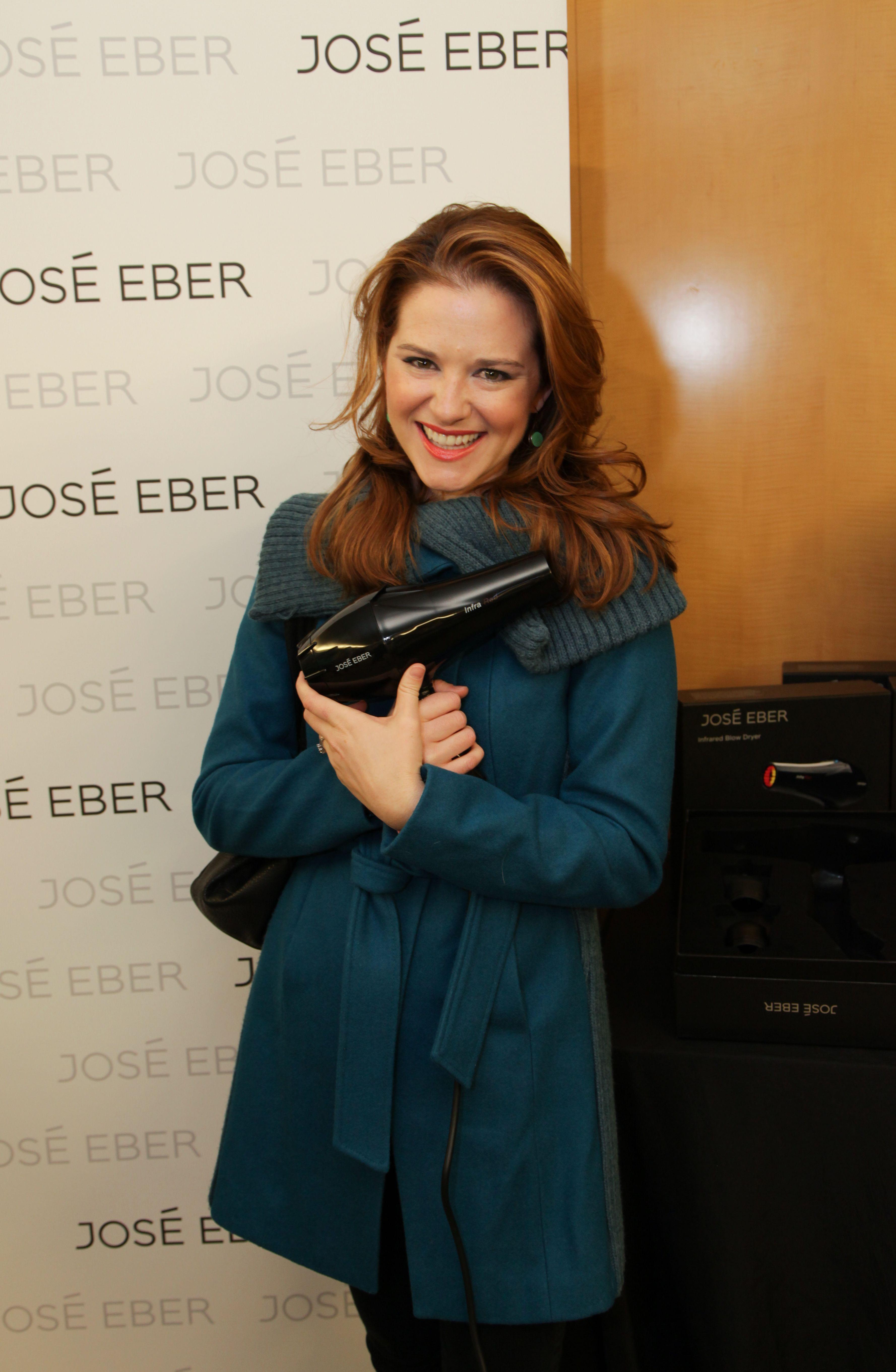 Sarah Drew from \'Grey\'s Anatomy\' on ABC #GoldenGlobes #JoseEberHair ...