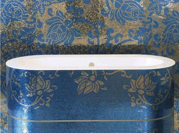 Luxurious mosaic tiles sicis blue bath tub silver glitter