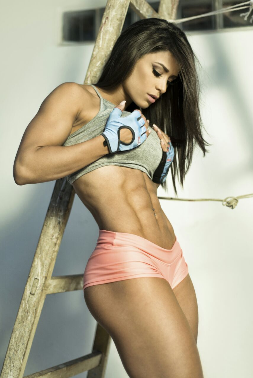 female-models-undressed-fantasy-girls