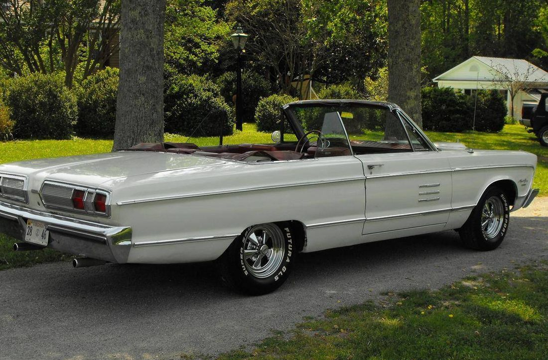 Road Runner Auto Sales >> Hemmings Find of the Day – 1966 Plymouth Sport Fury | Top ...
