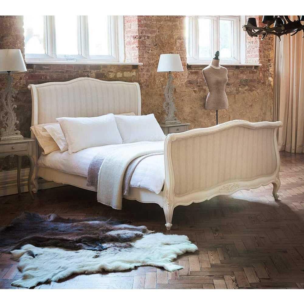 - Provencal Upholstered Sleigh Bed (King Size) (com Imagens) Cama