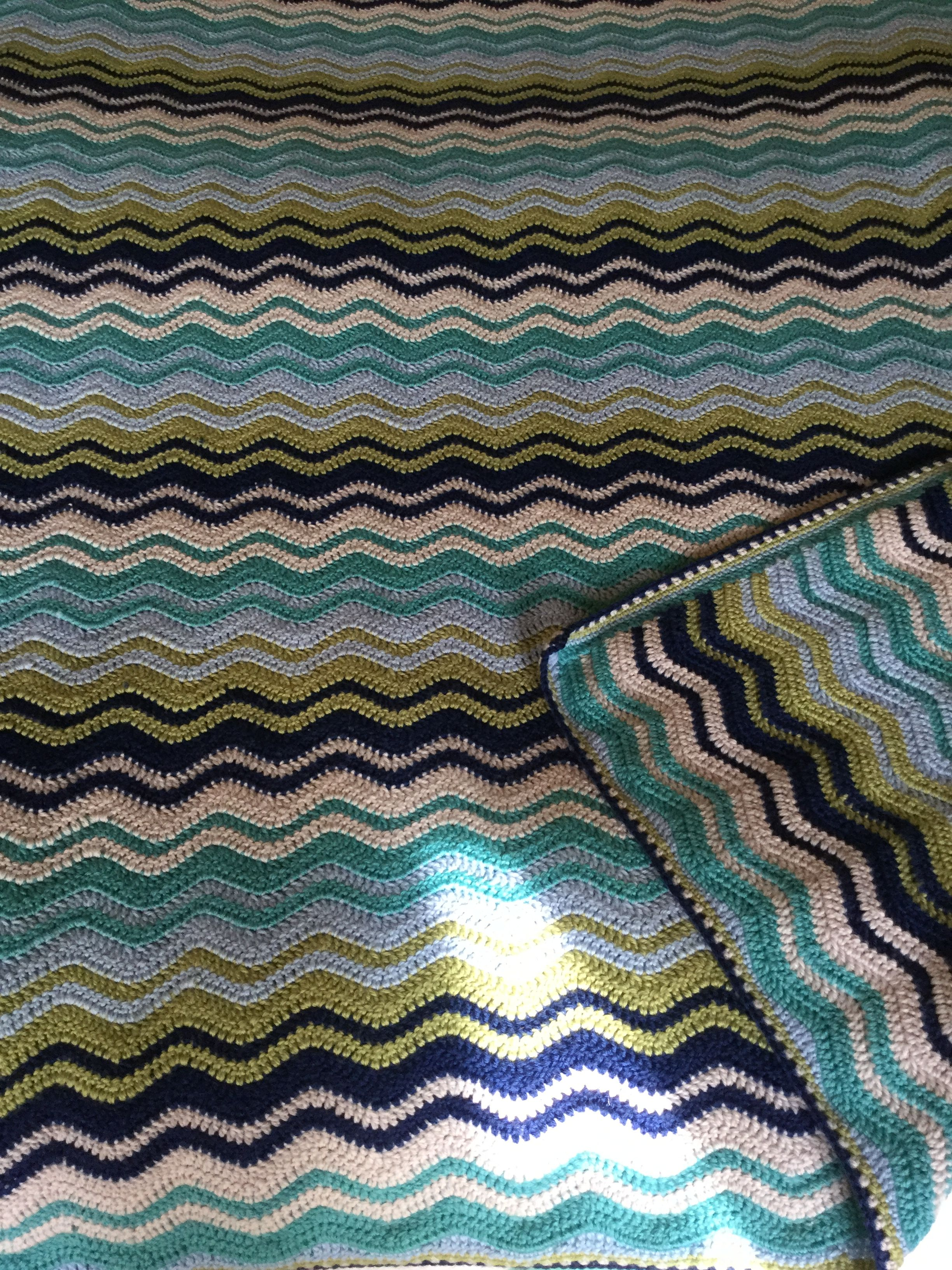 Interlocking Ripple Blanket For Charlie S Bed Pattern From Lucy At Attic 24 By Ondine 2015 Blanket Crochet Pattern