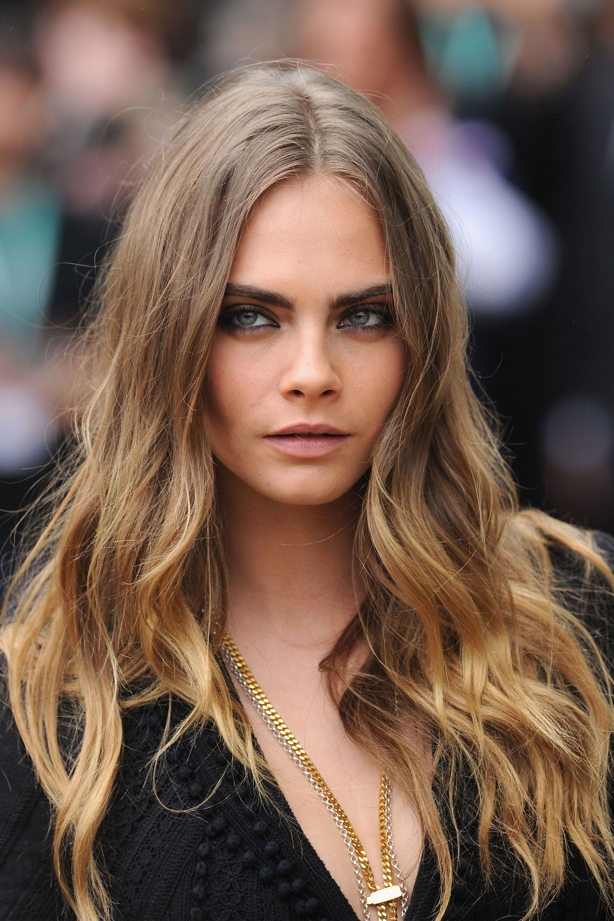 Hairstyles That Are So Perfect for Winter  Cara delevingne Sexy