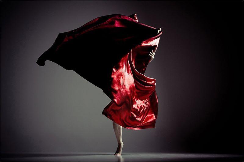 danza en rojo