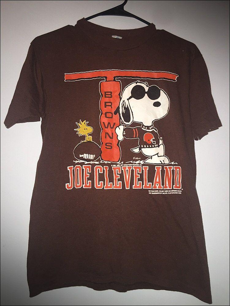 Vintage 80 s NFL Snoopy Joe Cleveland Peanuts Shirt - Size Medium ... 7bc46c57c