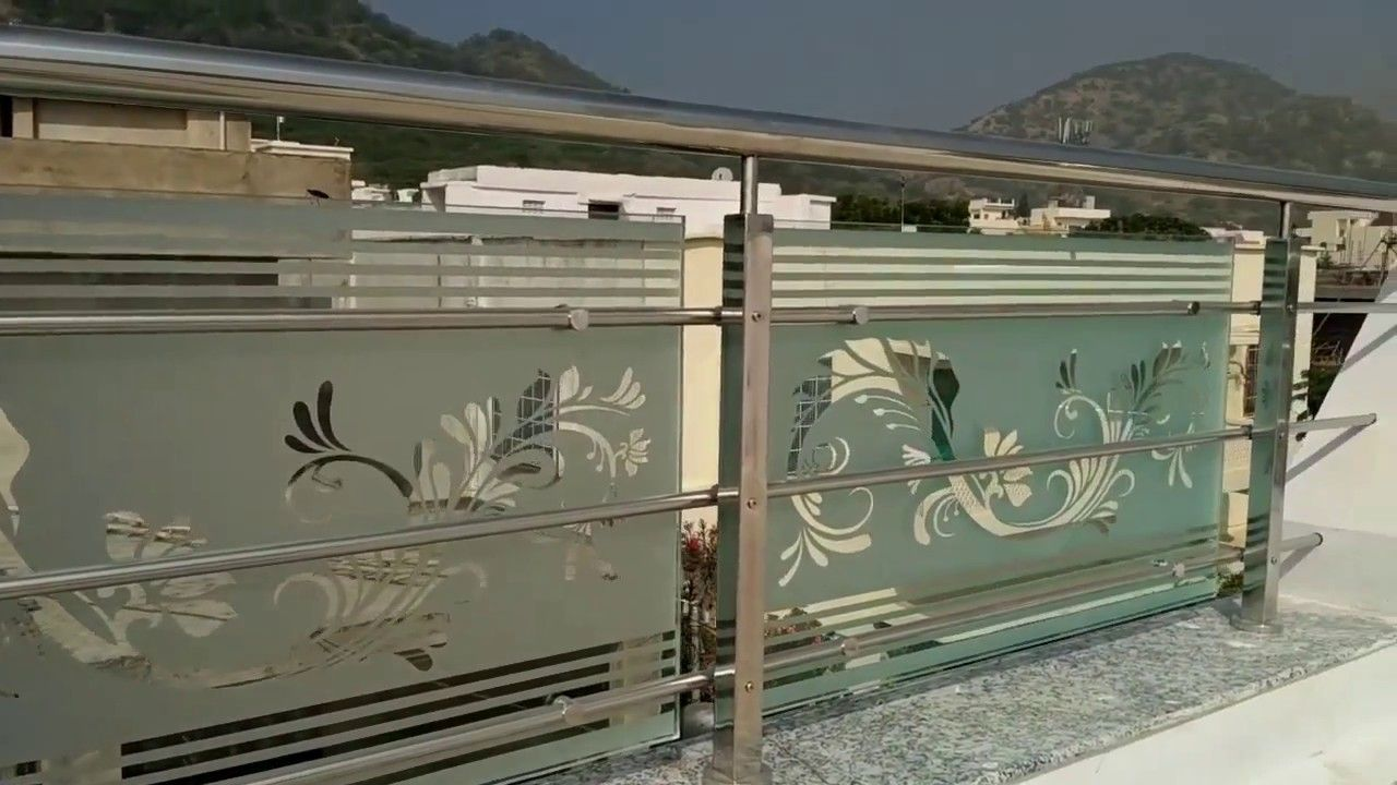 Glass etching designs house