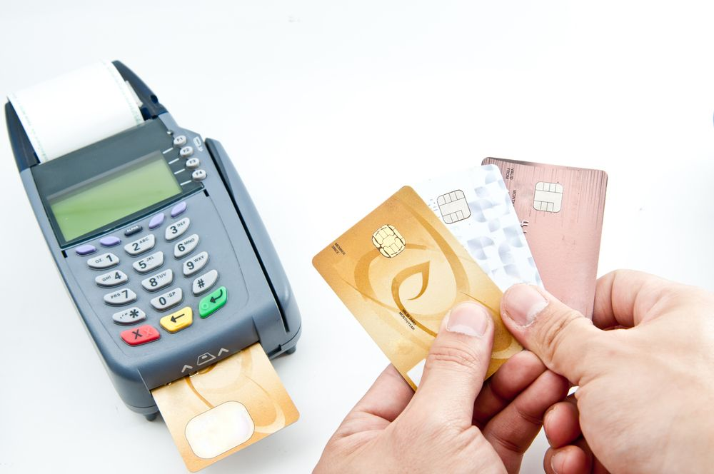 Credit debit card usage increases at pos mobile payment