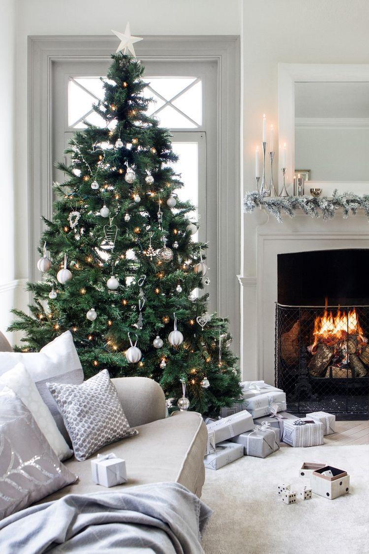 pin by a l i on w i n t e r christmas christmas decorations rh pinterest com