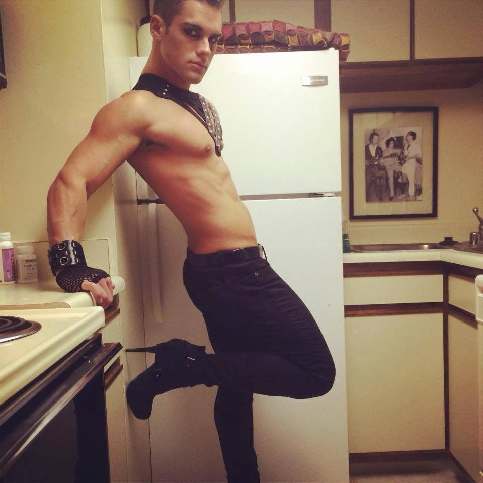 hot-halloween-naked-men-black-lesbian-milf-seduced
