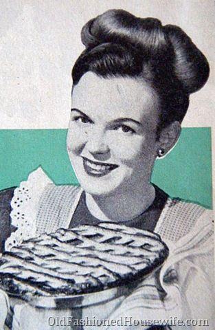 Retro Pie Housewife
