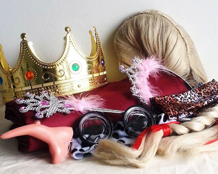 Hochzeitssketche Die Top 13 Der Witzigsten Ideen Fur Showeinlagen Zur Hochzeit Hochzeitssketche Hochzeit Spiele Hochzeitsspiele