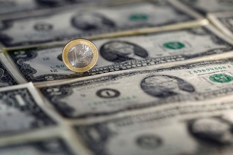 Forex Dollar Dips In Muted Trade Euro Gains Ground