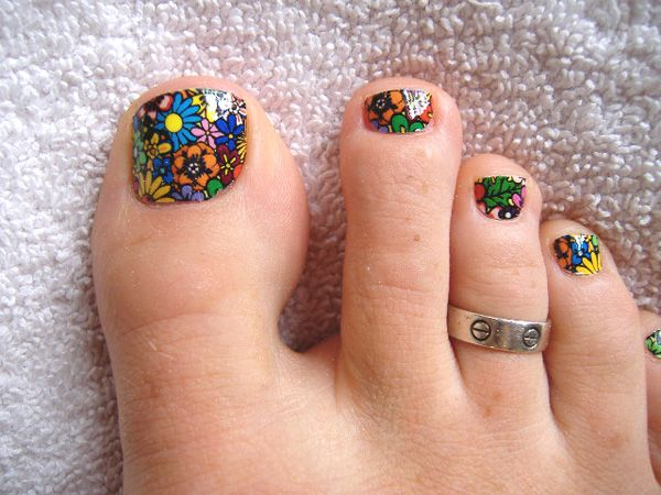 10 nail art ideas for your toes toe nail art easy toe nails and 10 nail art ideas for your toes prinsesfo Image collections