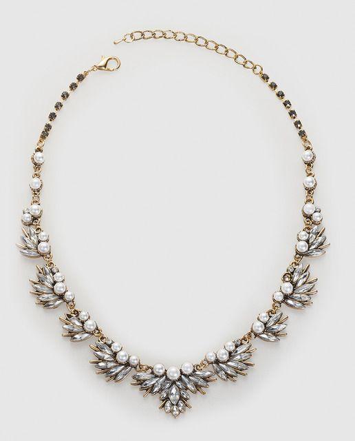 5db24ff82ad3 Collar El Corte Inglés con perlas y cristales blancos ...