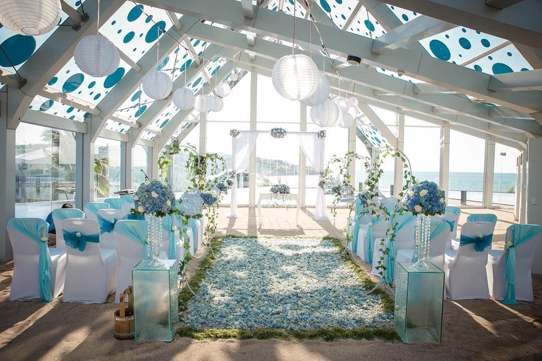 Blue wedding decoration at le meridien bali indonesia blue wedding decoration at le meridien bali indonesia arionarendro junglespirit Images