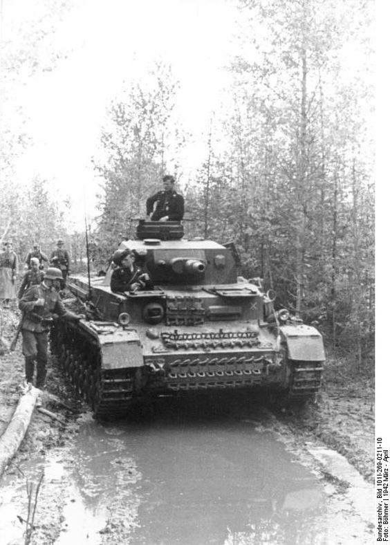 A German Pz.Kpfw. IV Ausf. F1, 5 Pz.Div., Vyazma, Russia, March 1942.