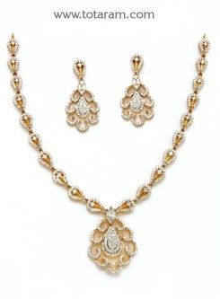 18k Gold Diamond Necklace Drop Earrings Set Ds399 With A List Price Of 6 694 99 22k Indian Jewelry From Totaram Jewelers