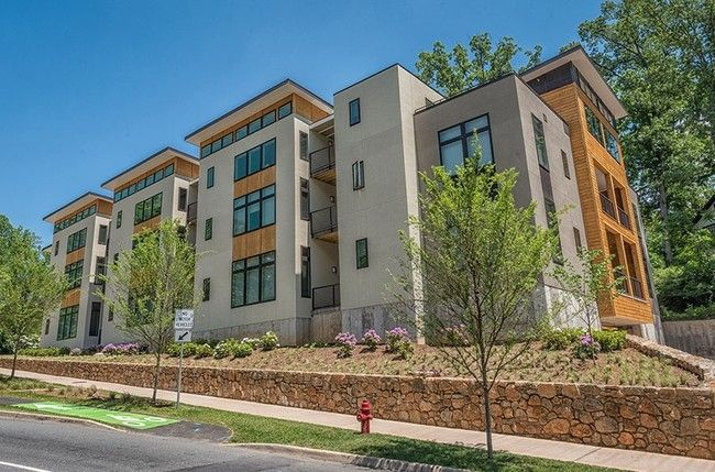 See All Available Apartments For Rent At South Range In Charlottesville Va South Range Has Rental Units Ranging From 733 767 Sq Ft S South Range Senior Apartments Charlottesville Va