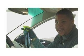 Best Way To Clean The Inside Of Car Windshield Ehow Com Clean Car Windshield Car Window Cleaner Car Windshield